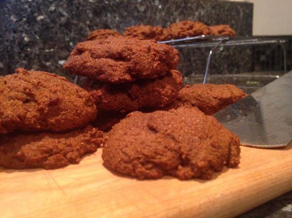 Ginger snaps: fresh ginger and turmeric with raw almond meal make them better!